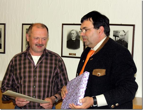 2010 - Thomas Förtsch 25. Jahre Gemeindemitarbeiter (18.05.10)